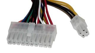 Conector de 12V y 5V de una fuente ATX
